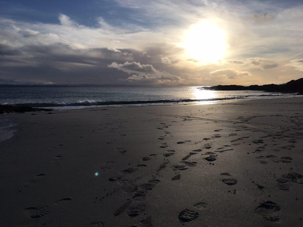 Οι καλύτερες παραλίες του Isle of Skye, Πολυτελείς εξοχικές κατοικίες Skye, Κατοικίες διακοπών με θέα στη θάλασσα, Παραθαλάσσια εξοχική κατοικία, Camusdarach, Point of Seat, Ηλιοβασίλεμα στην παραλία, κρυμμένη παραλία, Point of Seat beach, HOUSE, stayhouse.co.uk, Το καλύτερο εξοχικό σπίτι Skye, το νησί της Skye ενοικίασης διακοπών Oi kalýteres paralíes tou Isle of Skye, Polyteleís exochikés katoikíes Skye, Katoikíes diakopón me théa sti thálassa, Parathalássia exochikí katoikía, Camusdarach, Point of Seat, Iliovasílema stin paralía, krymméni paralía, Point of Seat beach, HOUSE, stayhouse.co.uk, To kalýtero exochikó spíti Skye, to nisí tis Skye enoikíasis diakopón, Las mejores playas de la isla de Skye, casa de vacaciones de lujo en Skye, casa de vacaciones con vistas al mar, casa de vacaciones en la costa de la montaña, Camusdarach, punto de asiento, sol en la playa, playa escondida, playa de Point of Seat, HOUSE, stayhouse.co.uk, La mejor casa rural de Skye, isla de skye vacation rental, Die besten Strände von Isle of Skye, Luxury Skye Selbstversorger-Ferienhaus, Ferienhaus mit Meerblick, Ferienhaus am Küstenhochland, Camusdarach, Point of Seat, Sonnenschein am Strand, versteckter Strand, Point of Seat Beach, HAUS, stayhouse.co.uk, Skye ist das beste Ferienhaus, Insel Skye Ferienhaus, Les plus belles plages de l'île de Skye, location de vacances de luxe Skye, maison de vacances vue mer, maison de vacances Coastal Highland, Camusdarach, point de siège, soleil sur la plage, plage cachée, plage de Point of Seat, MAISON, stayhouse.co.uk, Le meilleur gîte de Skye, île de Skye, De beste stranden van Isle of Skye, vakantiehuis in luxe Skye, vakantiehuis met zeezicht, vakantiehuis aan de kust van de Hooglanden, Camusdarach, stoel op het strand, zonneschijn op het strand, verborgen strand, Point of Seat-strand, HOUSE, stayhouse.co.uk, Skye's beste vakantiehuis, Isle of Skye vakantiewoning